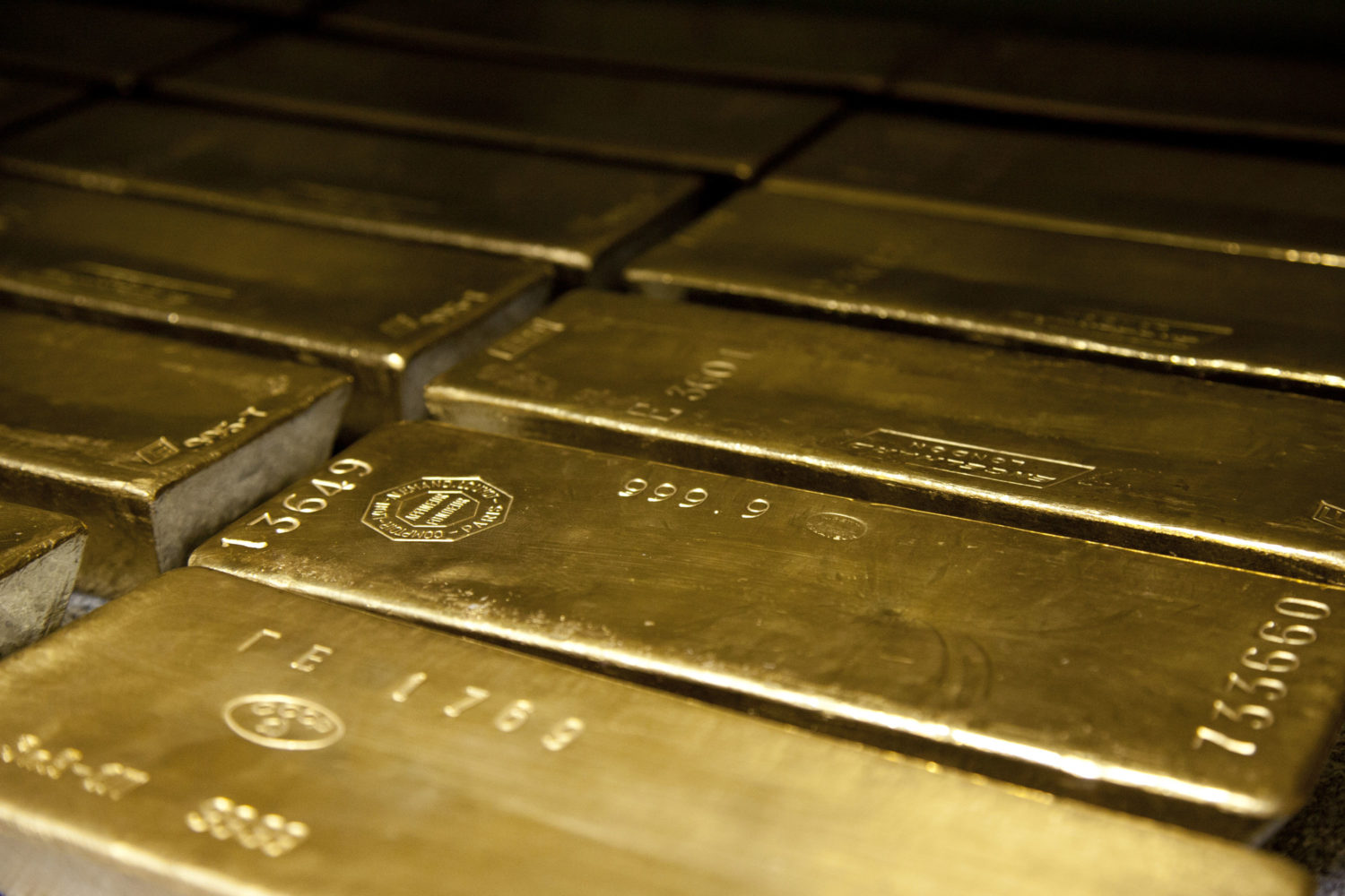Joe Mac's Market Viewpoint: Gold Shines Even Brighter