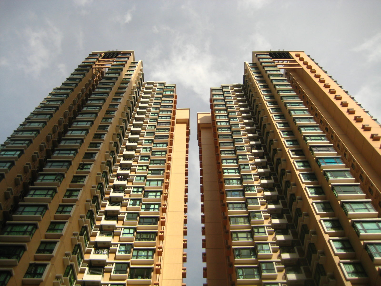 Chinese Slowdown Could Ramp-Up Real Estate Bubble