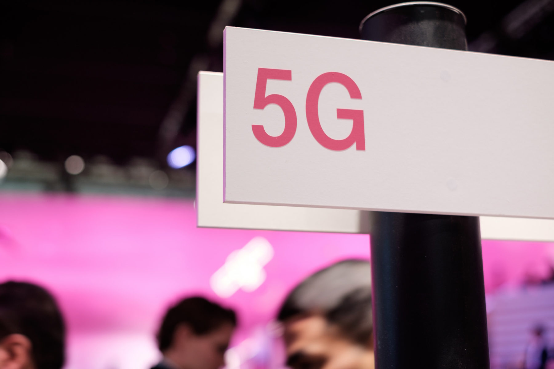 What Investors Should Expect From the Next Two Years of 5G Fever