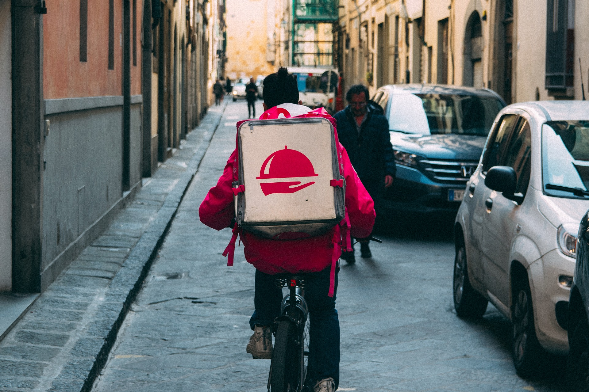 Budding Food Delivery Firms Slammed by Profitability Dilemmas