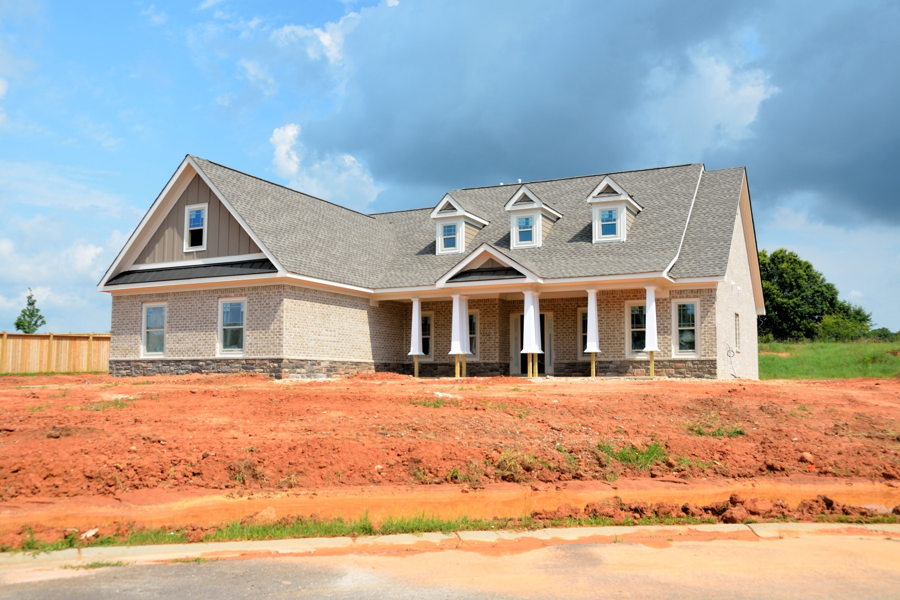 Homebuilders Healing as Buyers Swell and Stocks Rally