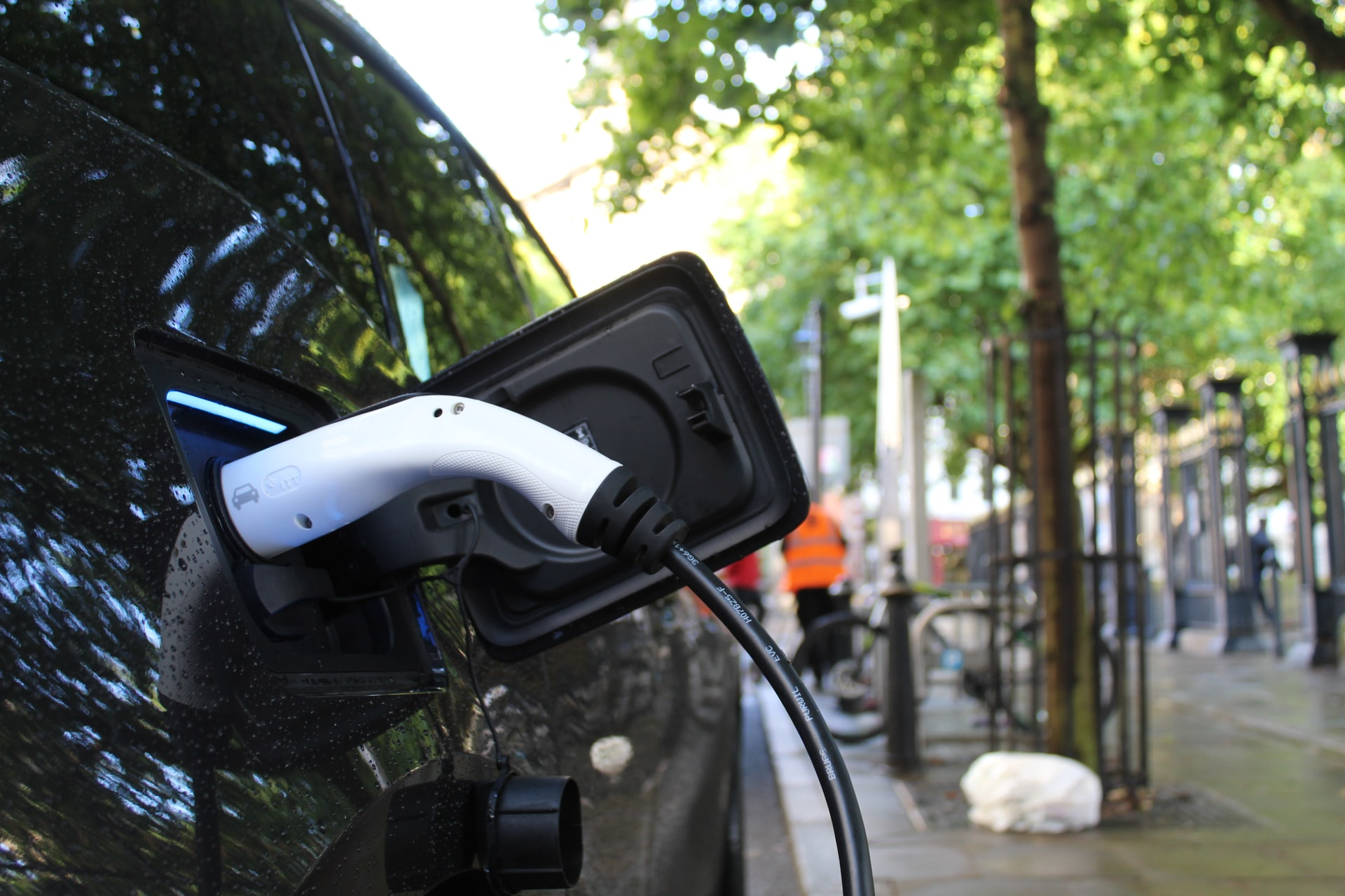EV Chargers vs Gas Stations: The Clock is Ticking