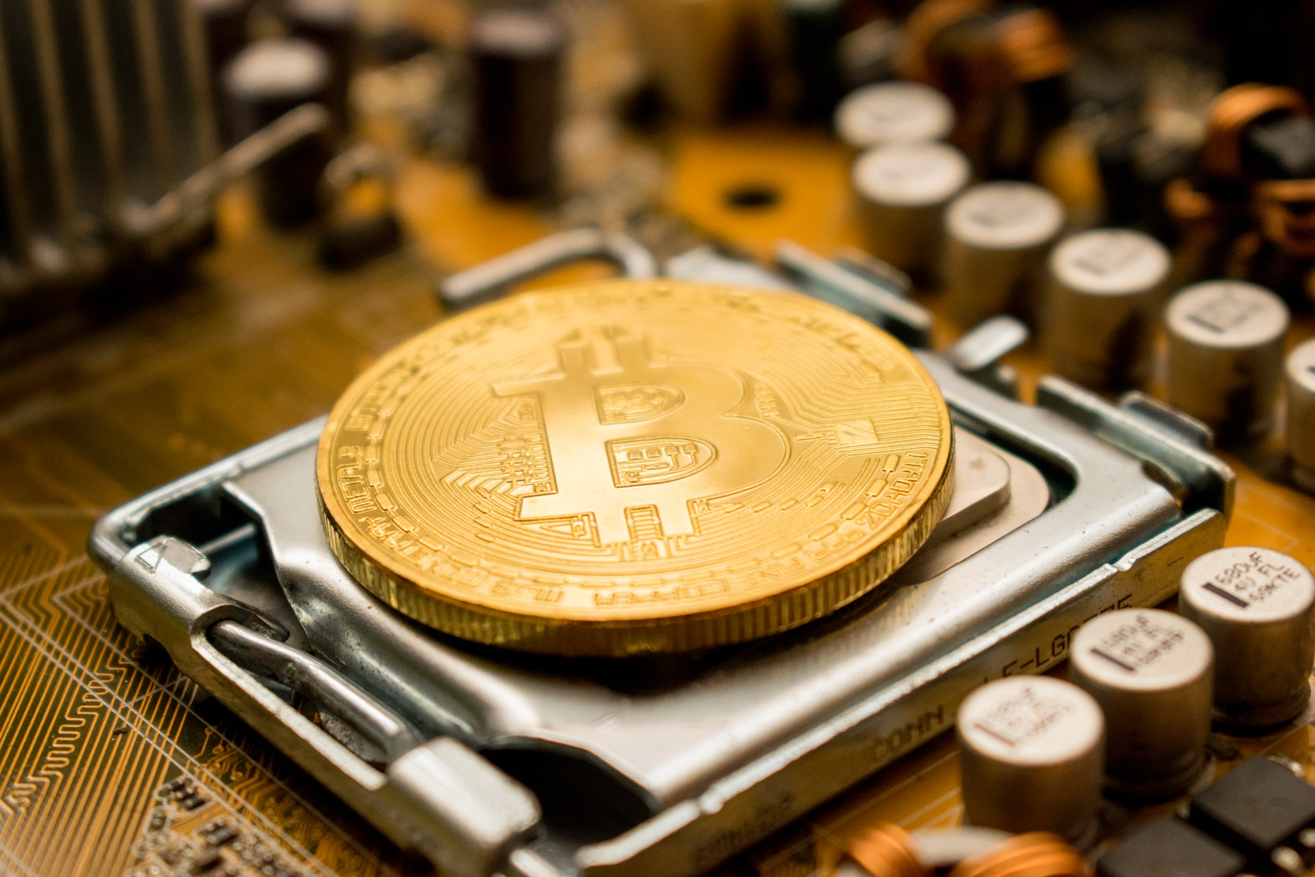 Bitcoin Breakout Overshadows Gold as Institutions Buy in Big on Crypto