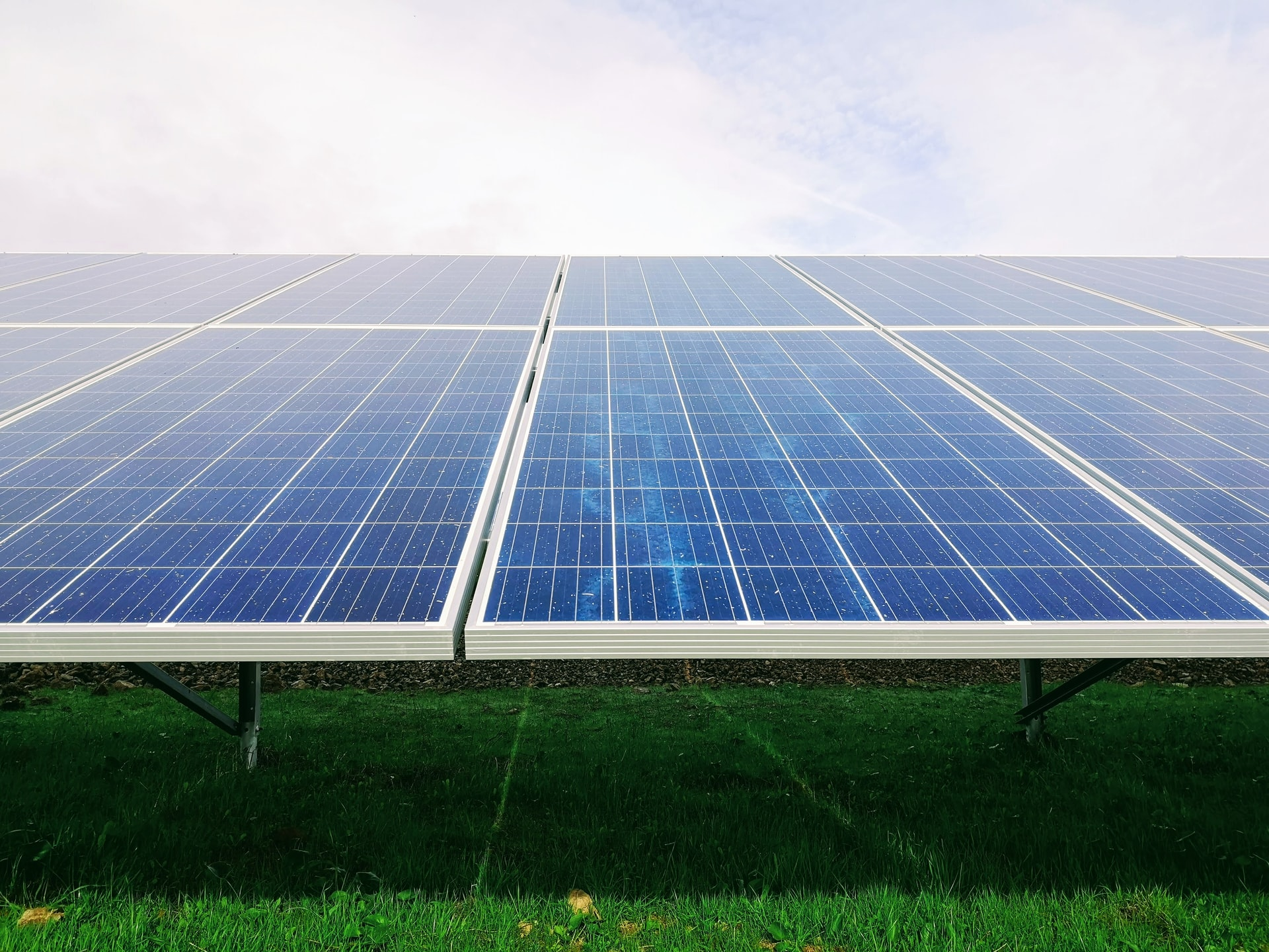 Solar Installations Steady but Polysilicon Costs Climb, Extending Delays