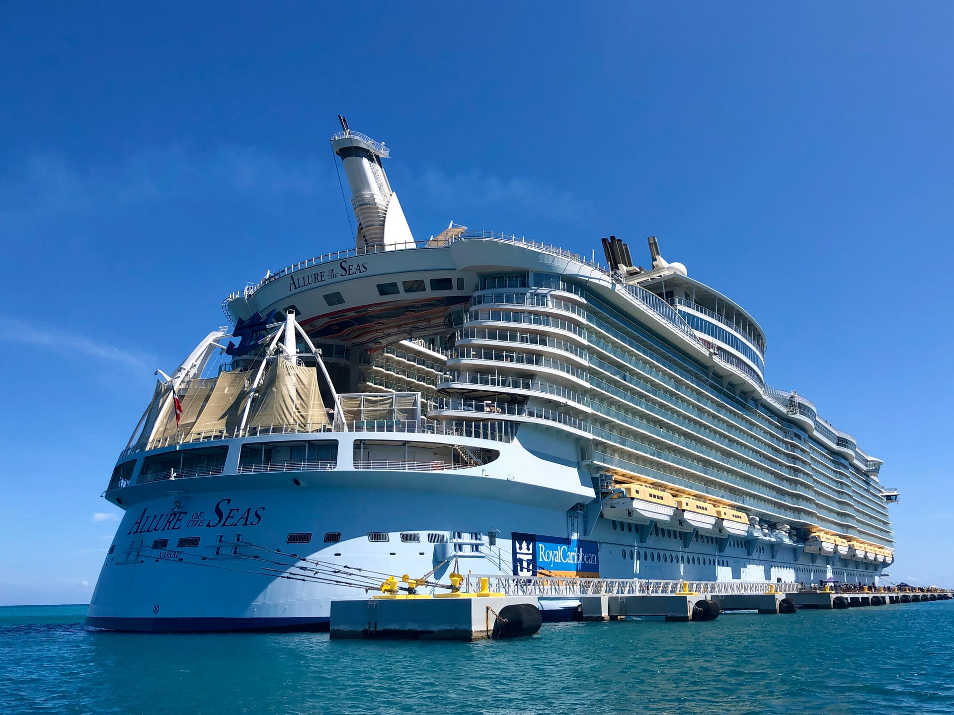 Cruise Lines See Bookings and Ticket Prices Rising, Setting the Course for a 2022 Recovery